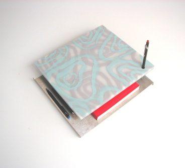 Phone Console_da scrivania e parete_2003